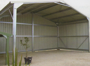Cobafer abris hors standard construction metallique hangars - Hangar metallique sur mesure ...